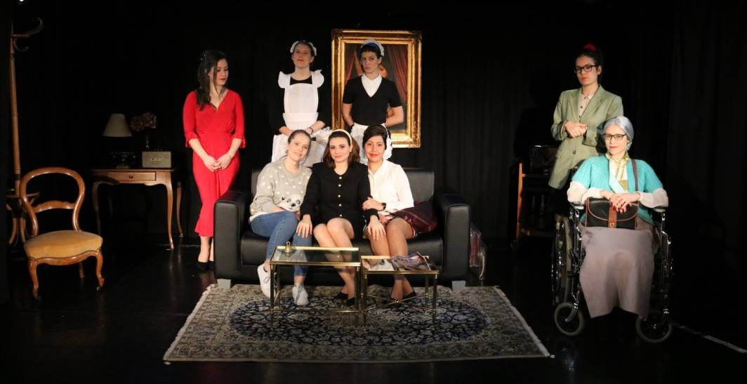 thumbnail_Photo 8 femmes promo